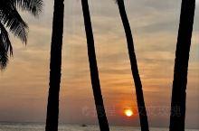 打卡长滩日落帆船,洁白的沙滩 碧绿的海水 等待长滩岛的日落。渐渐落下的时候,去海滩拍下了这次也是为二