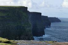 莫赫悬崖,爱尔兰最著景点,是电影《哈里波特》的拍摄点。