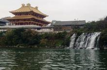 柳州文庙边上的瀑布