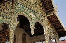 徒步偶遇,清曼寺经堂,每一处都值得品味。