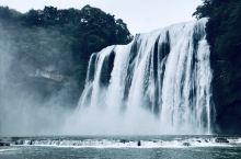 到了黄果树瀑布,不进水帘洞,就不会真正领略到黄果树瀑布的雄奇和壮观。水帘洞隐在大瀑布半腰上长达134