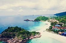 热浪岛看浪花   晚上篝火听音乐  可以包船出海去无人的小岛   抓寄居蟹  看沉船