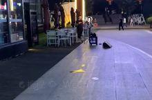 宜宾水街真的好美好美,有没有朋友偶遇到我了?