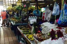 """大马探亲之旅20、偌大无比的亚庇菜市场  一看见""""亚庇中央菜市场""""这个招牌,可以断定这是一座以华人帮"""