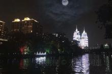 上海之夜色撩人。
