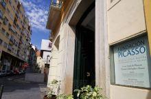 巴勃罗.毕加索,雕塑家、画家,当代最具创造力,影响力的艺术家,二十世纪最伟大的艺术天才,诞生于西班牙