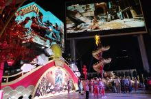曼谷暹罗广场的中国年 舞龙舞狮准备得正热火朝天  国外的春节比国内还热闹,年还没到,泰国曼谷暹罗广场