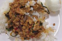 泰国大部分饭都是辣的