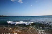 海浪,沙滩,海岛,仙人掌,还有一位老船长!
