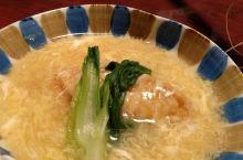 日本料理店,很地道,好吃。真鲷,河豚,鲸鱼,挺好的。