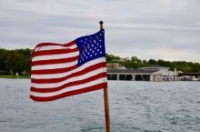 美国旅行——密西根佩托斯基这个小城市非常舒服,也是著名作家海明威的故乡。在这里探寻海明威的足迹,连空