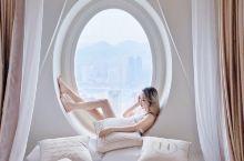 重庆法式江景网红民宿「一岛民宿」《梦》 一岛民宿 ,他们家的房间我都很喜欢,最新出了这个《梦》床头这