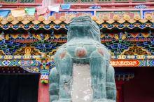 在内蒙古呼和浩特有一座藏传佛教寺庙,名为大召寺,初闻大召寺会感到些许疑惑,只因在遥远的西部拉萨也有一
