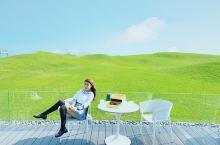 佛山网红拍照地,难得的草地会在酒店里面,如果可以入到草地里拍照就更完美了,图五相中下午茶套餐 ¥19