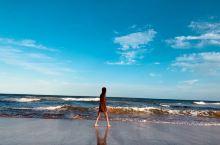 今天带着好友去了蓝色海洋路,路过海边小镇Austinmer Beach ,太美啦 人少,狂拍照,贡献