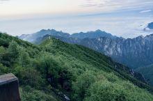 太白山,花了两天但还是没有登顶,因为当时媳妇儿太累了爬不动了,就在大文公庙休息折返了。太白山真的很美