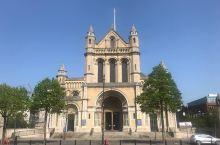 国教堂的辉煌与庄严——St. Anne's Cathedral  St. Anne's Cathed