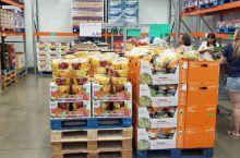 刚刚去了美国的批发超市Costco,里面的商品琳琅满目,超级便宜,但是就是包装太大,不适合短期使用。