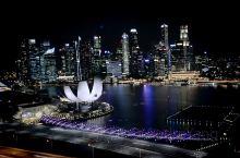 迷人的新加坡夜景 翻翻以前留下的印记也很有味道,其实还有其他不少在那里的照片,好多的回忆一下印在眼前