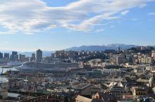 绝妙的观景台,让人心旷神怡的美景  意大利热那亚的卡斯特观景台是朋友强烈推荐我过去的,而且多次强调观