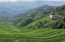 龙脊梯田 位于广西龙胜各族自治县龙脊镇平安村龙脊山,是全球重要农业文化遗产。