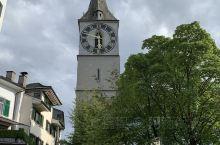 瑞士第一大城市,全欧洲最富有的城市 —— 苏黎世   苏黎世,位于瑞士联邦中北部,是瑞士联邦中最大的