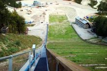 普兰尼卡奥运滑雪中心 (Olympic Sports Centre Planica) 为世界上数一数