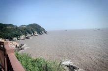 朱家尖大青山风景还是不错的,最好带上凉拖,有沙滩可以散步
