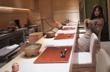 上海探食记丨沪上第一美味的米其林日料 唯美食与爱不可辜负 总有一间小店能抚慰心灵与味蕾 大家好我是爱
