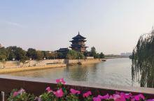 赏心亭是水西门广场重要组成的一部分,曾是一处历史名胜,始建于宋代,由丁谓所建,曾是南京水西门内一处名