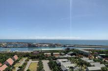 花莲福荣大饭店。面对太平洋,附近就是赏鲸的那头。