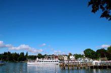 """【 温德米尔 ,静谧的时光时间慢一点】 湖区,英国著名的浪漫主义诗人华兹华斯曾说:""""我不知道还有什么"""