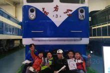 和小伙伴们一起参观火车头陈列馆