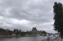 塞纳河边的风景
