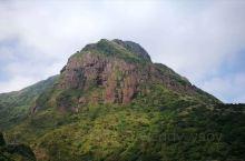 台湾东北角一日环游:图1-黑金刚山,图2-黄金瀑布,图3-十三层遗址,图4-基隆海滨,图6-阴阳海,
