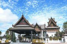 西双版纳悦椿温泉度假酒店让这个冬天不再寒冷,看日出日落、观星象所有美景尽收眼底,天然温泉让身心彻底放