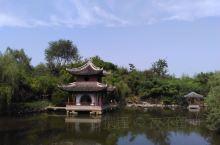如皋水绘园,因董小宛冒辟疆而闻名。