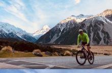 懒 才想起整理十月的新西兰 大气之美 无以言表 在Franz Joseph攀冰的时候 英文导游说雪山