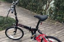 实力吐槽 青山湖环湖自行车道  槽点: 设计这个自行车道的人儿一定·不·骑·车!!!这个环湖车道,只