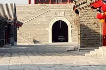 无棣古城旅游景区  无棣古城位于山东省滨州市无棣县,规划面积为3.2平方公里。 无棣古城形成于商周,