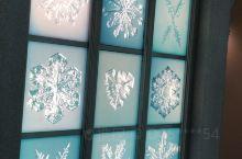 雪之美术馆内的冰雪结晶展示馆。非常有心思而且美丽。