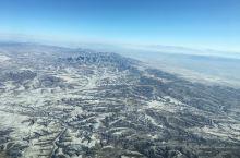 4800米高空,细看可以看到田地。