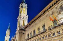 西班牙萨拉格萨城,距离巴塞罗那开车300公里,小城人很多,皮卡尔圣母大教堂,皮卡尔广场附近巷子里的美