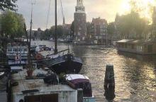 Oudezijds Voorburgwal真的很美
