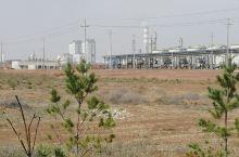 新建的化工厂