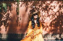 位于摩洛哥马拉喀什的马约尔花园(又叫伊夫·圣·罗兰YvesSaint-Laurent),可以称得上是