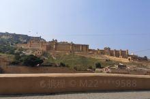 2019年10月20日,在第六次到印度拉贾斯坦邦首府斋普尔时,再次游览琥珀堡,依然为这座建于1592