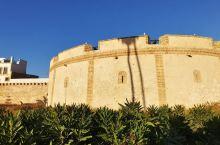 索维拉:夕阳与古城 麦迪那老城区   索维拉是摩洛哥的较远的一个古城,不是热门景点,国内游客较少,大