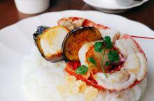 距离东京一个小时的旅游胜地~热海~能看到绝妙海景的餐厅~花の妖精。 原以为是个只图好看的网红餐厅。没