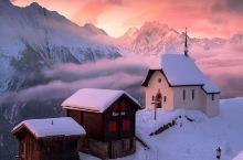 童话般的冬季雪夜